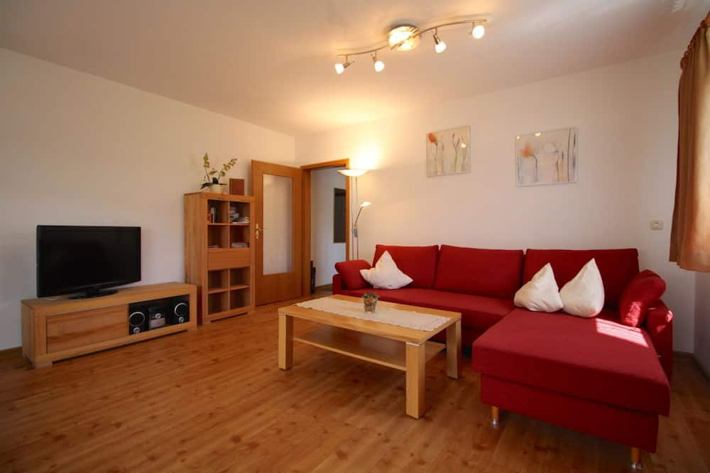 Apartment, 1 Bedroom, Balcony, Mountain View (Bergsonne) - Living Room