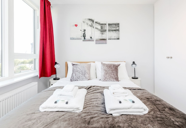 Stylish Riverview Apt with Roof Terrace, London, Standard-Apartment, Zimmer