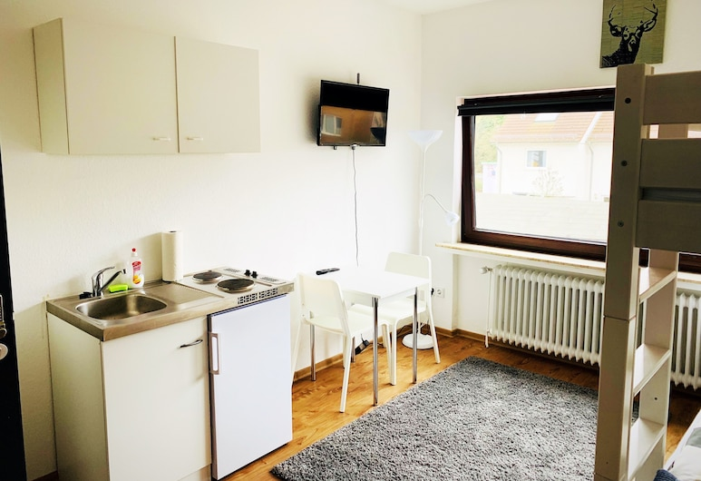 Living at Klassvilla - Weserwehr No. 6, Bremen, Apartment, Living Area