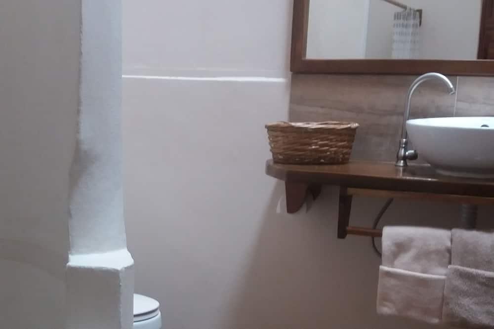 Comfort-dobbeltværelse - Vask på badeværelset