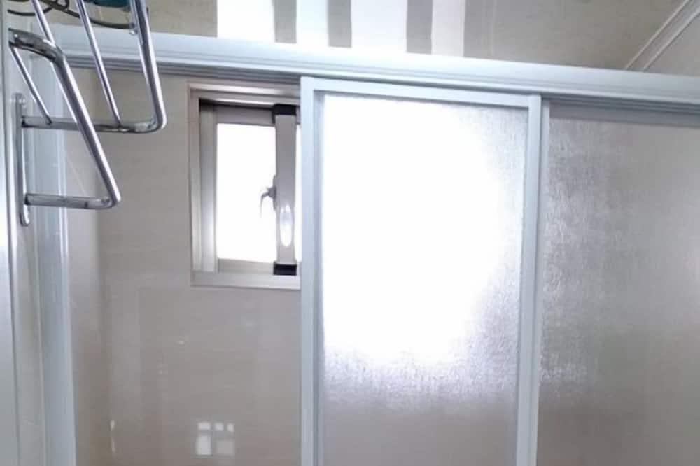 חדר דה-לוקס זוגי (202) - חדר רחצה