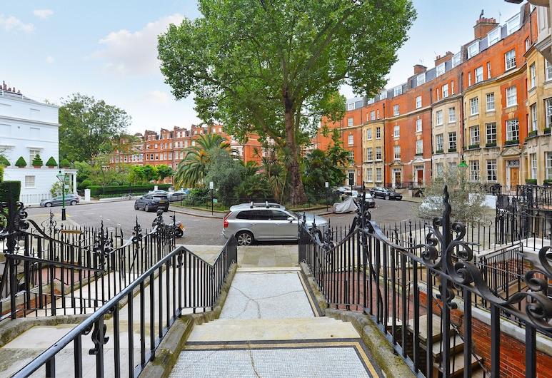 London Lifestyle - Knightsbridge VI, London, Property entrance