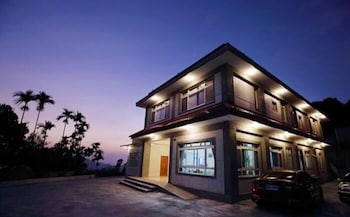 Picture of Dong Ding Homestay in Lugu