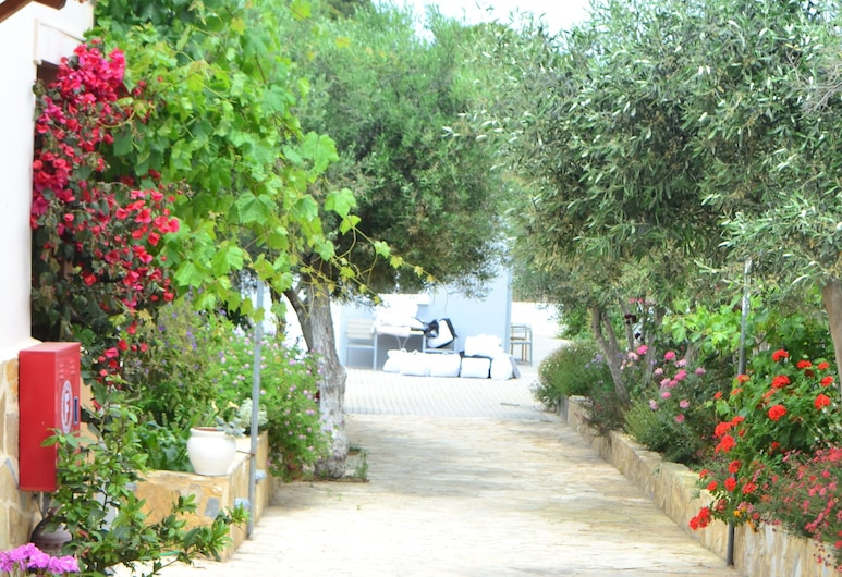 Comfort Stay, FREE shuttle from - to the airport, Spata-Artemida, Terrass