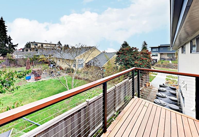 2br Eco-apartment W/ Private Balcony 2 Bedroom Apts, Seattle, Apartemen, 2 kamar tidur, Balkon