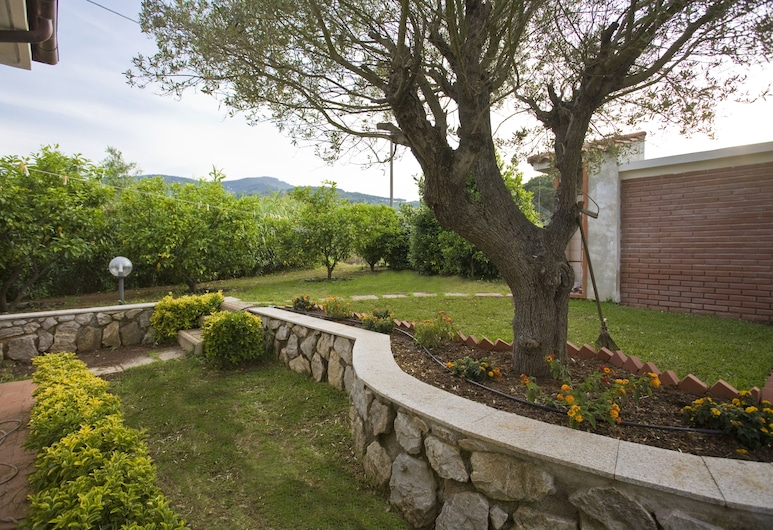 Villino Fiore, Portoferraio, Property Grounds