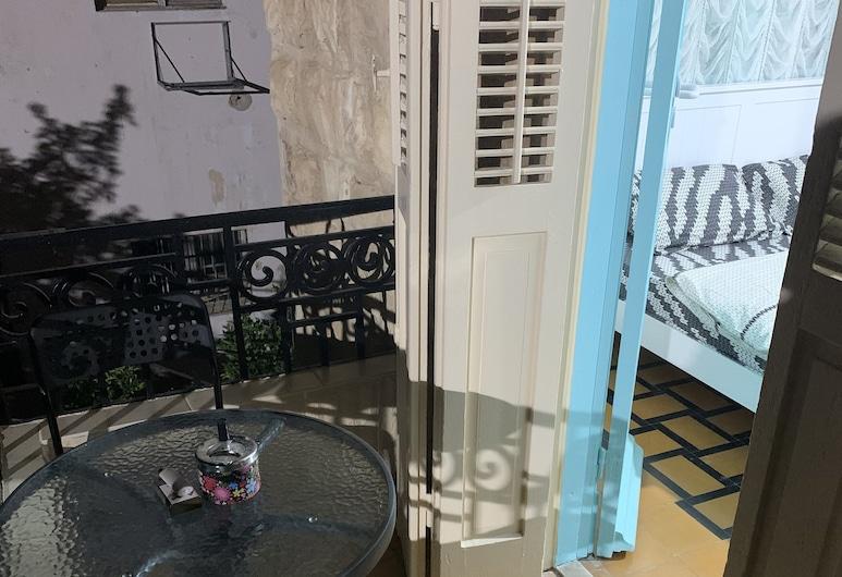 GuestHouse Comfy, Haifa, Dvojlôžková izba (Blue), Balkón
