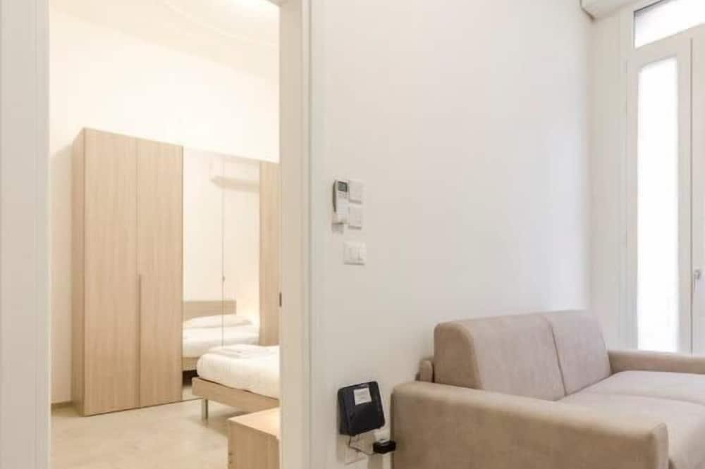 Apartment, 1 Bedroom (S.Felice Street) - Living Area
