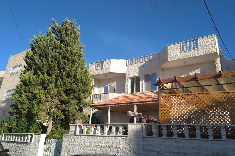 Petra Rest Home