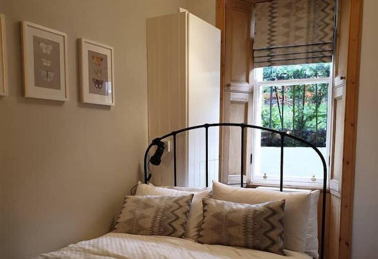 Cosy Flat With Garden View , Edinburgh, Appartement, 1 slaapkamer, Kamer