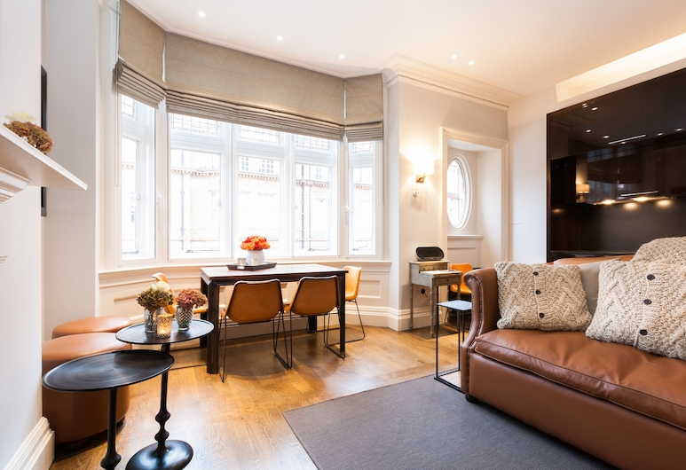 Bright Mayfair Home next to Hyde Park, London, Apartment, 1 Schlafzimmer, Wohnzimmer