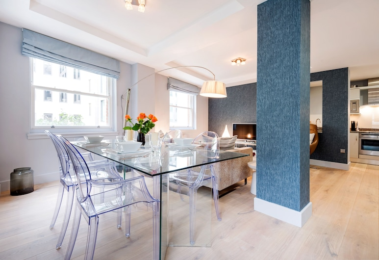 Chic & Contemporary Home next to Monument Station , London, Apartment, 2 Schlafzimmer, Wohnbereich