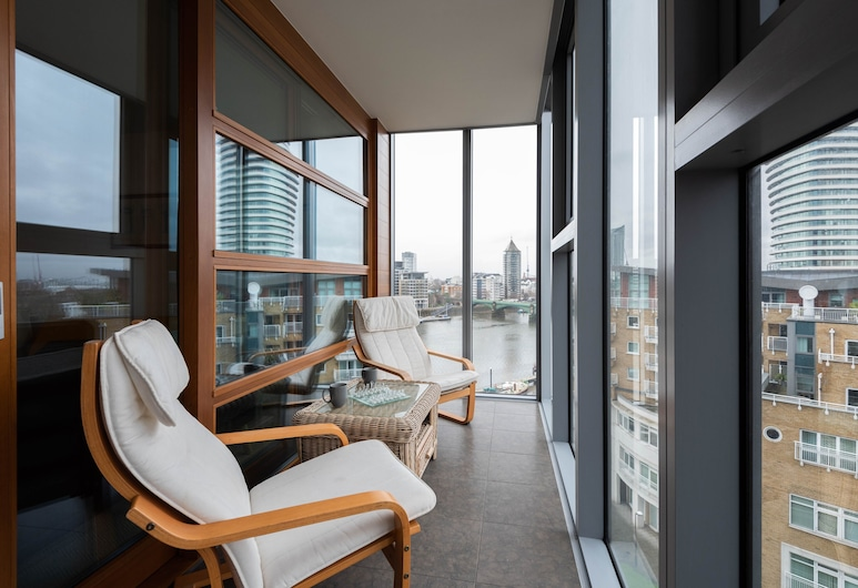 Stylish Battersea Home overlooking the Thames, London, Apartment, 1 Schlafzimmer, Balkon