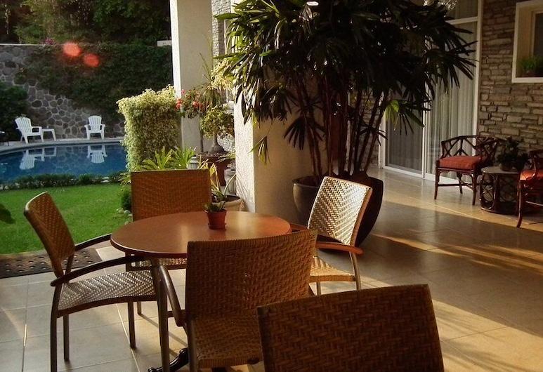 Hotel Laam, Cuernavaca, Courtyard