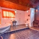 Habitación familiar (Deluxe) - Cuarto de baño
