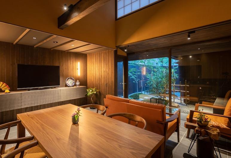 Guesthouse-Hana · Lucky Villa, Kyoto, Dom (Private Vacation), Obývacie priestory
