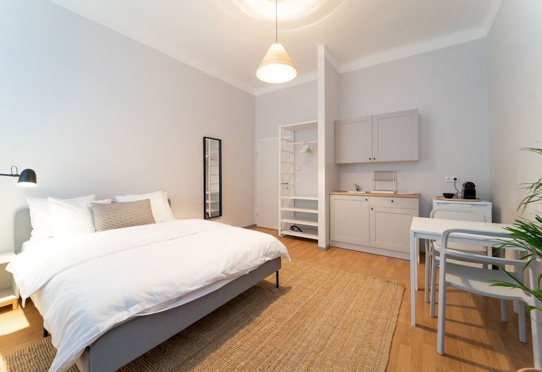 Beautiful Studio Close to the City Center, Vienna, Apartment (0 Bedroom), Room