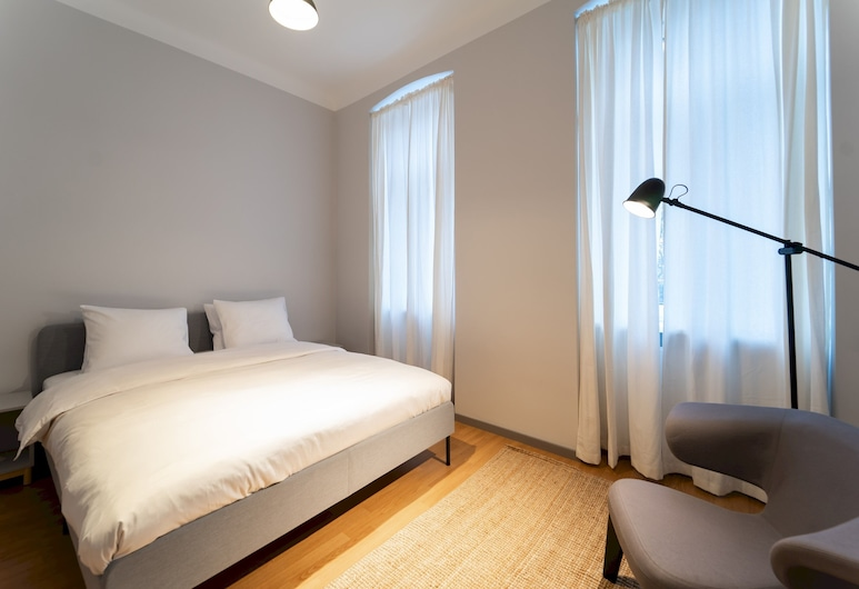 Modern and Bright Apartment - Close TO City Centre, Wien, Lägenhet (1 Bedroom), Rum