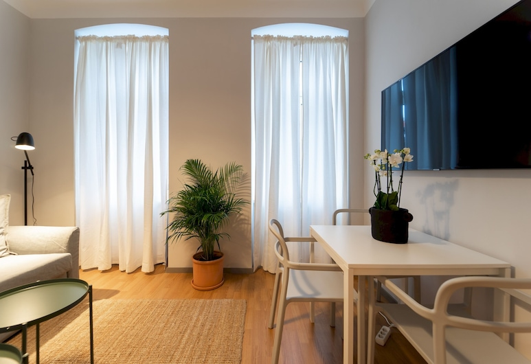 Pretty and Modern Apartment - Close TO Center, Wenen, Appartement (1 Bedroom), Woonkamer