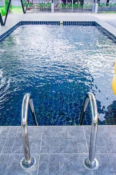 巴蜀府OYO 533 倫雅游泳池別墅飯店的相片
