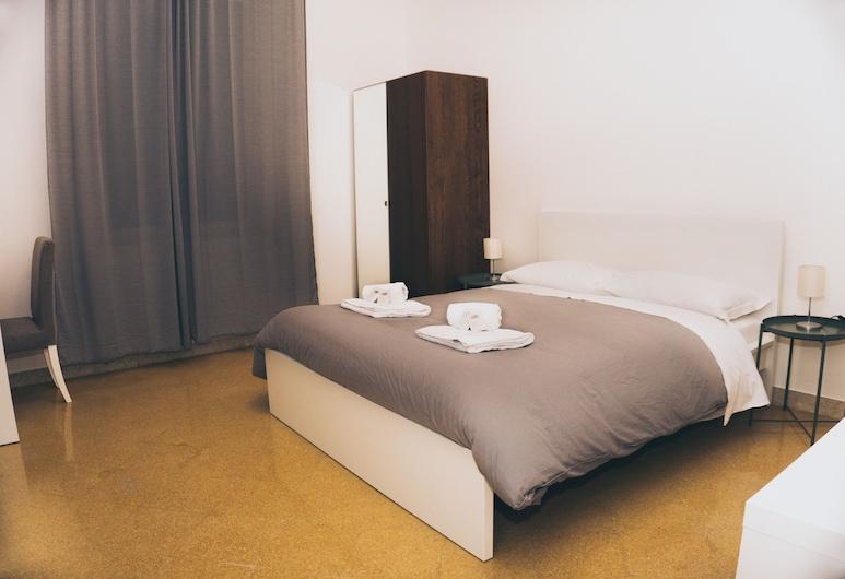 Mamamia City, Palermo, Comfort Tek Büyük Yataklı Oda, Özel Banyo (External), Oda