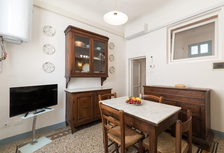 Pilastri Flat, Florence, Comfort Apartment, Living Area
