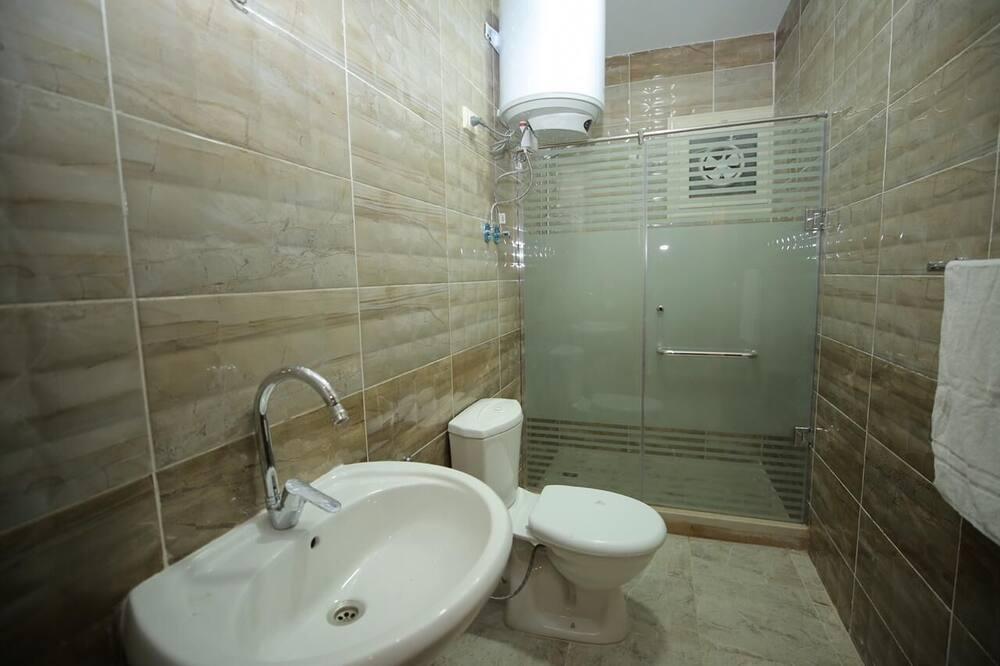 Chambre, vue ville - Salle de bain