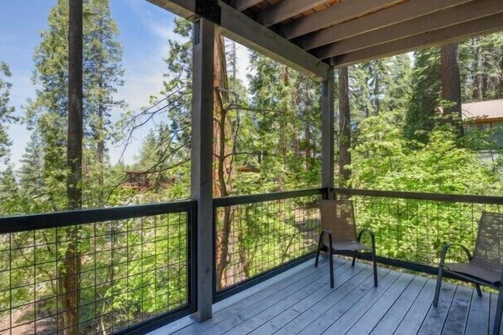 Comfort Cabin - Balcony
