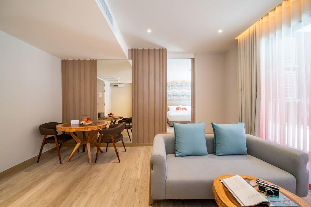 Corner Suite Room - พื้นที่นั่งเล่น