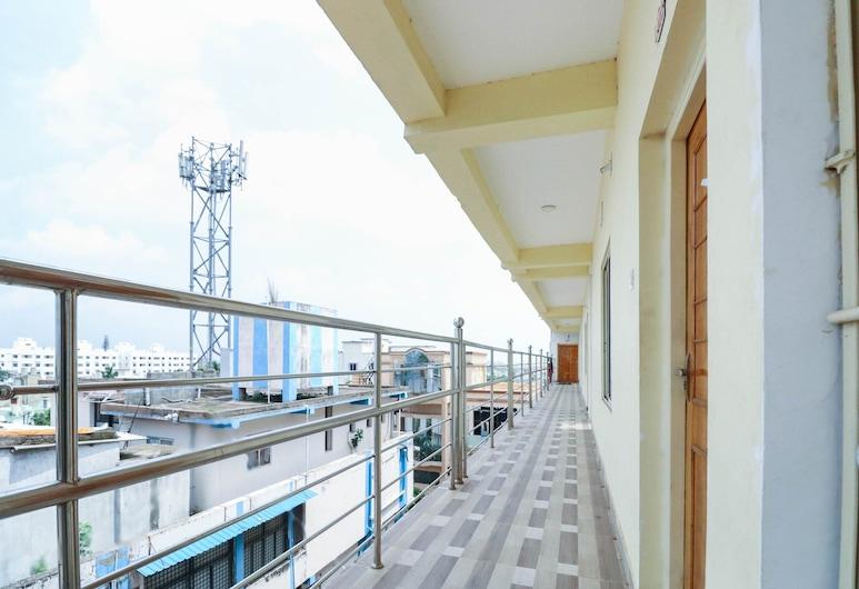 Capital O 46993 Hotel Suryansh, Bhubaneshwar, Balkoni