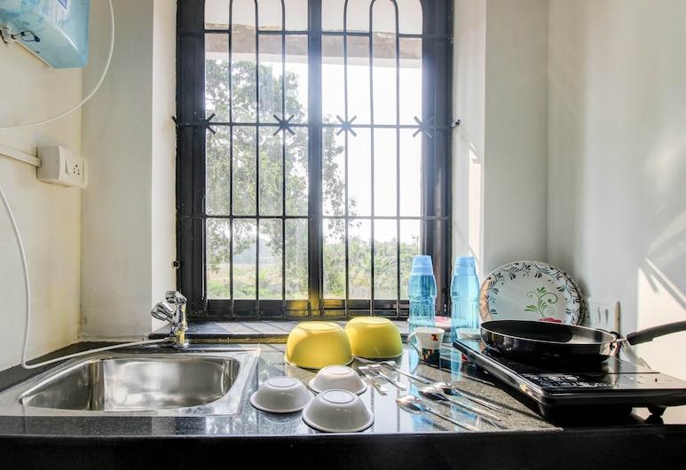 OYO 30530 Elegant Studio Mapusa, Guirim, Numura virtuve