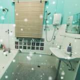 Bedroom 1 (Angel Room) - Shared Bathroom - Bathroom