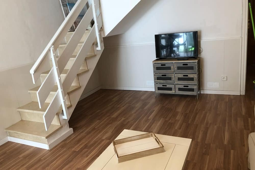 דירה, 3 חדרי שינה, פטיו - אזור מגורים
