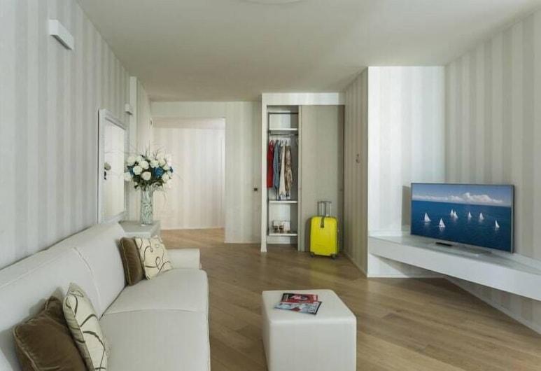 Embassy Aparthotel, Rimini, Deluxe Apart Daire, Oturma Alanı