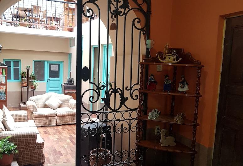 Hospedaje Milenio, La Paz, Hotel Entrance