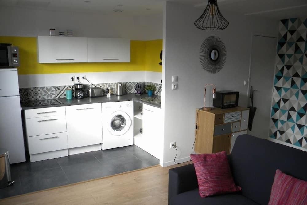 Διαμέρισμα, Μπάνιο στο δωμάτιο - Καθιστικό