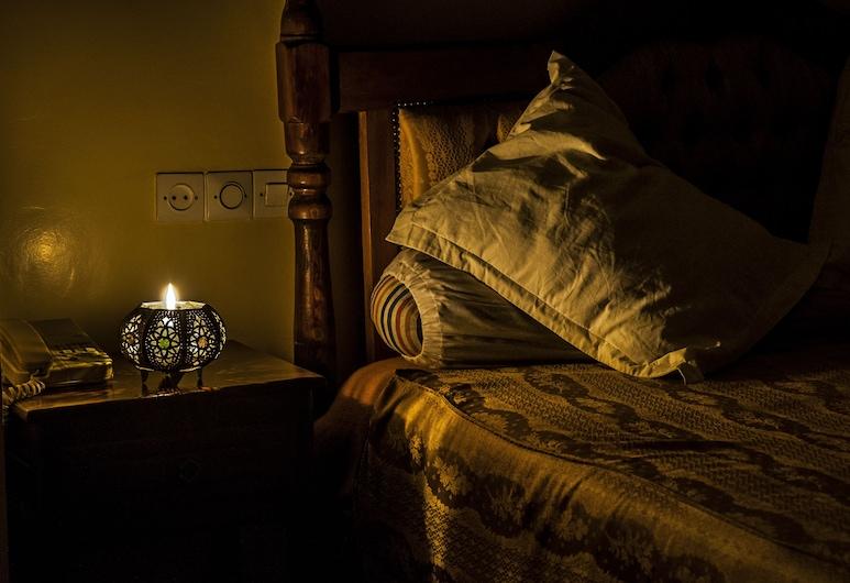 Hotel Todra Centre De Tinghir, Tinghir, Deluxe Double Room, Guest Room