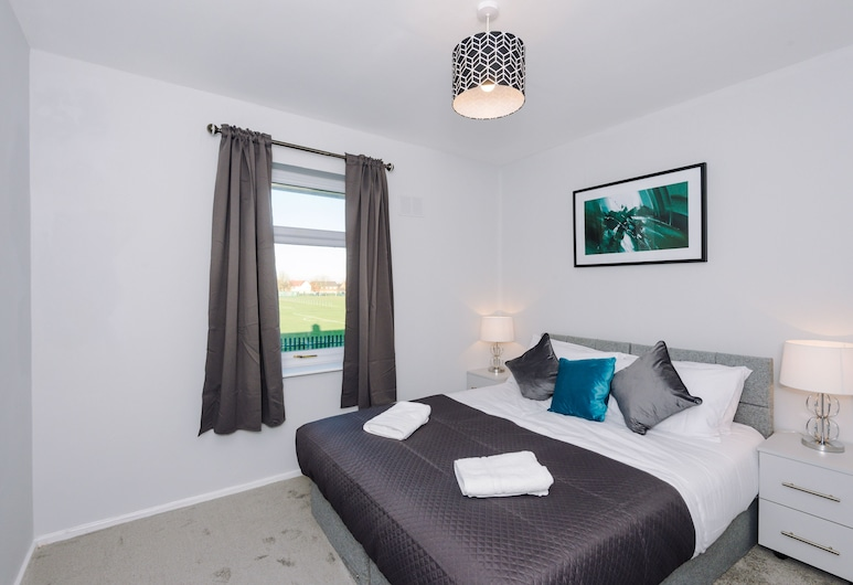 Fresh Modern House Wifi Airport Parking, Liverpool, Comfort House, Private Bathroom, Park View, Room