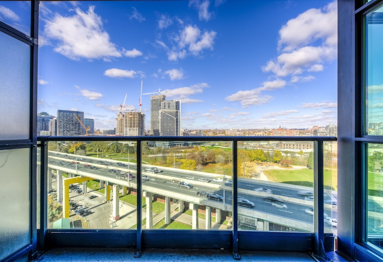 Newly Decorated Condo Great View Parking, Toronto, Condo, Balcony