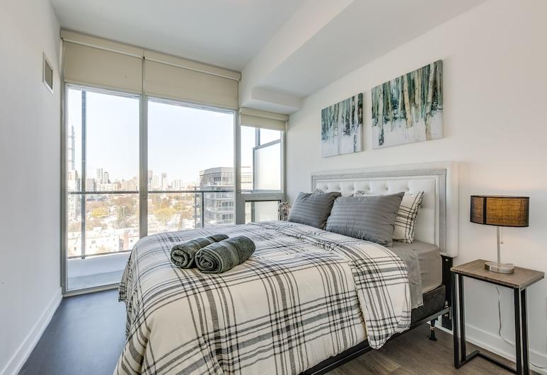 Beautiful Modern Condo Sleeps 4, Toronto, Condo, 2 Bedrooms, Balcony, Room