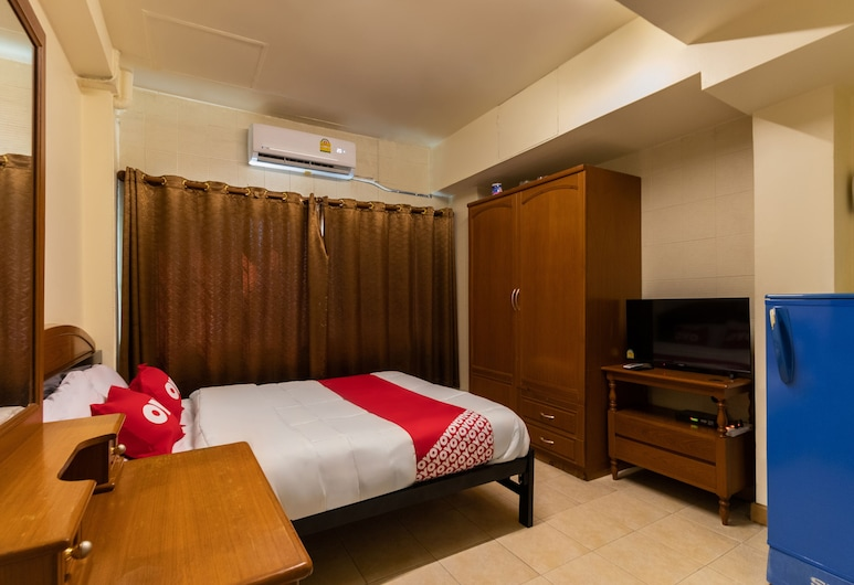 OYO 583 Sweethome Guest House, Bangkok, Standard Double Room, Guest Room