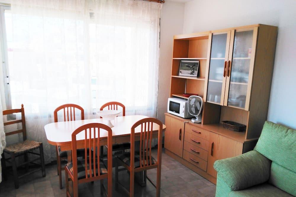 Lejlighed - 1 soveværelse - Opholdsområde
