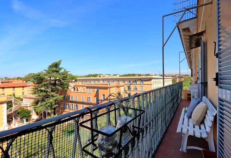 Pompeo Magno Apartment, Rome, Apartment, 2 Bedrooms, Balcony