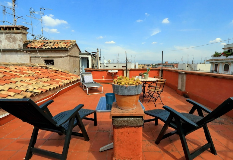 Tagliamento Apartment with two Terraces, Roma, Terrazza/Patio