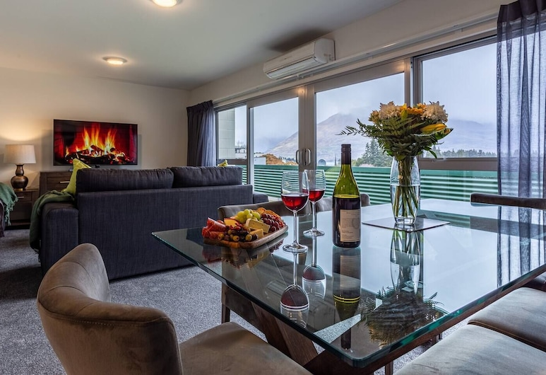 Central City Apartment Free Parking Great Views, Queenstown