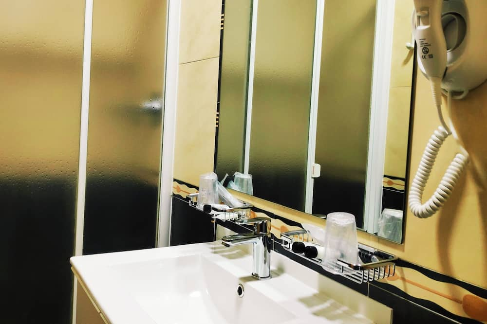 ห้องซูพีเรียดับเบิล - ห้องน้ำ