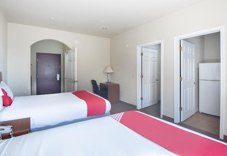 OYO Townhouse Clute Lake Jackson, Clute, Premium-Zimmer, 2Queen-Betten, Kochnische, Zimmer