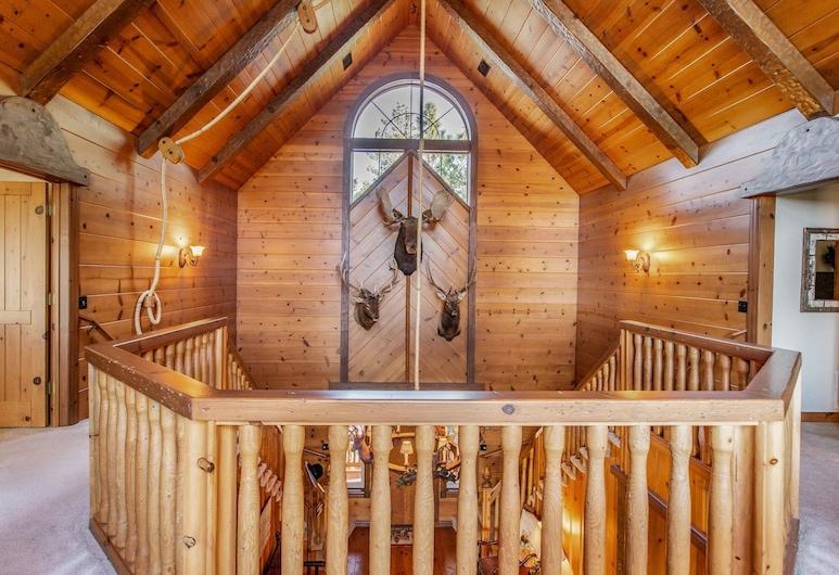 New Listing! Custom Miracle Mountain Lodge W/ Ac 5 Bedroom Home, Danau Arrowhead, Rumah, 5 kamar tidur, Kamar