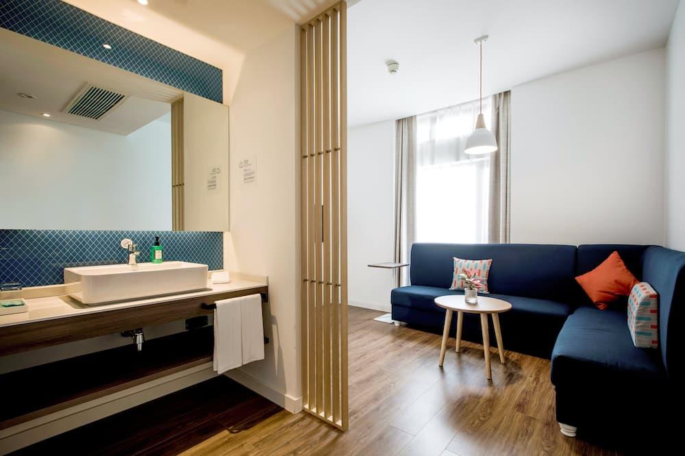 Junior Suite, Non Smoking - Guest Room