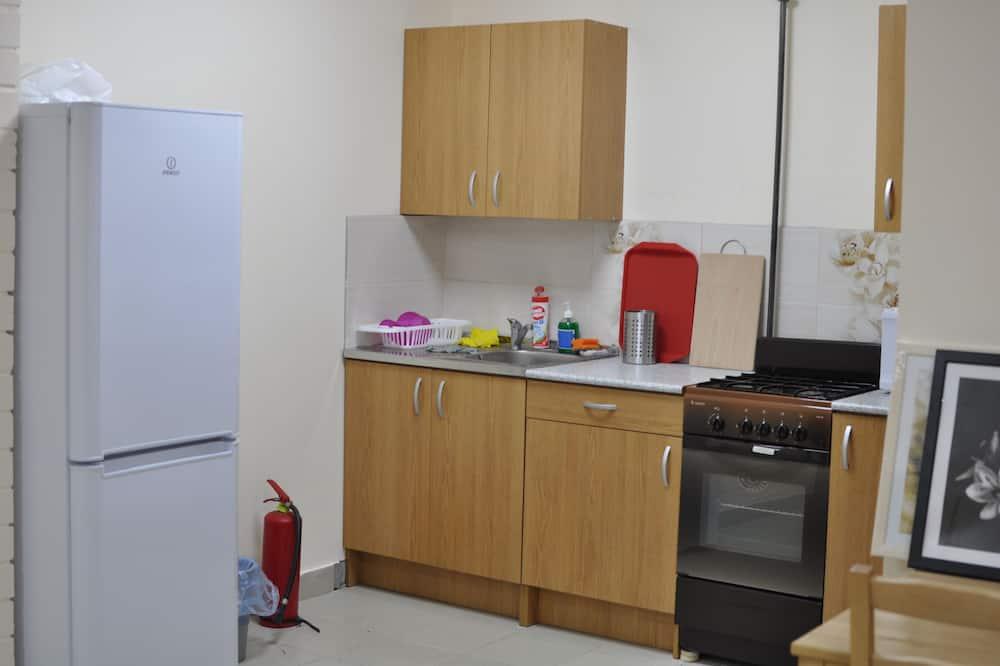 Habitación triple Confort - Cocina compartida